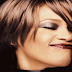 Rihanna lamenta morte de Whitney Houston