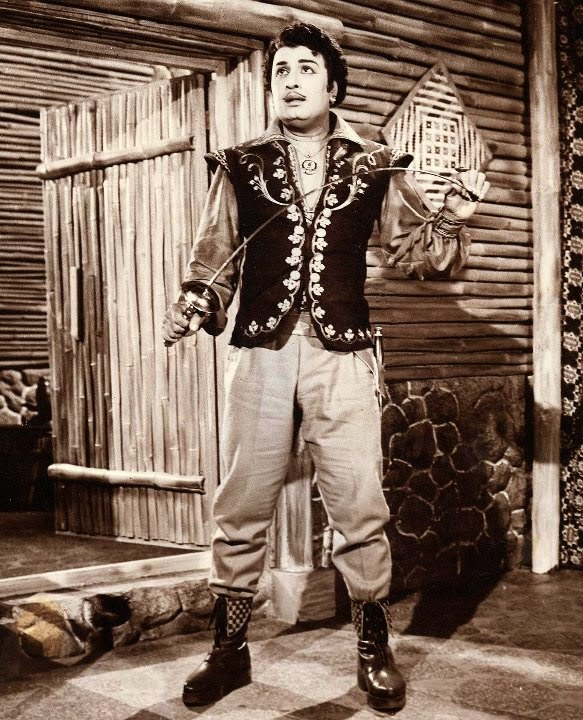 MGR in 'Aayirathil Oruvan' Movie (1965) 2