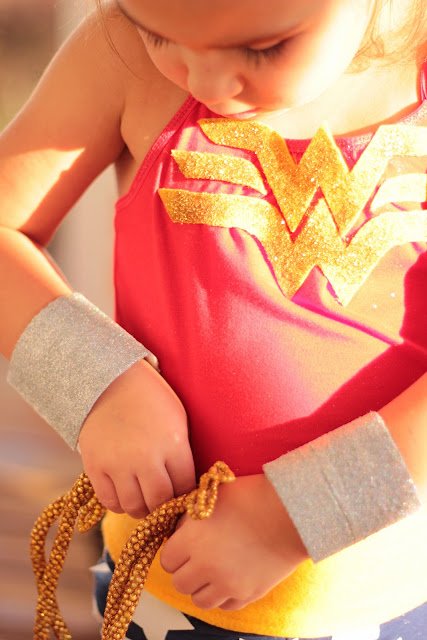 how to make a wonder woman costume