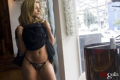 0609as4m 02 Babi Rossi Playboy de Março 2011