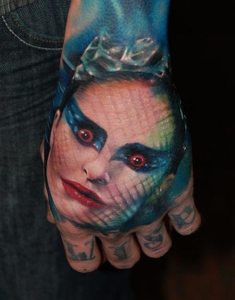 filmes, tatuagens, imagens, cinema, cisne negro, 25 tatuagens baseadas em filmes, arte corporal cinematográfica, eu adoro morar na internet