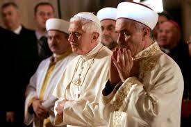 Paus Benediktus XVI Masuk Islam