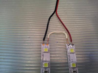 Iluminaci n led conectar tiras led de 12v en serie para for Cortar y empalmar tira led