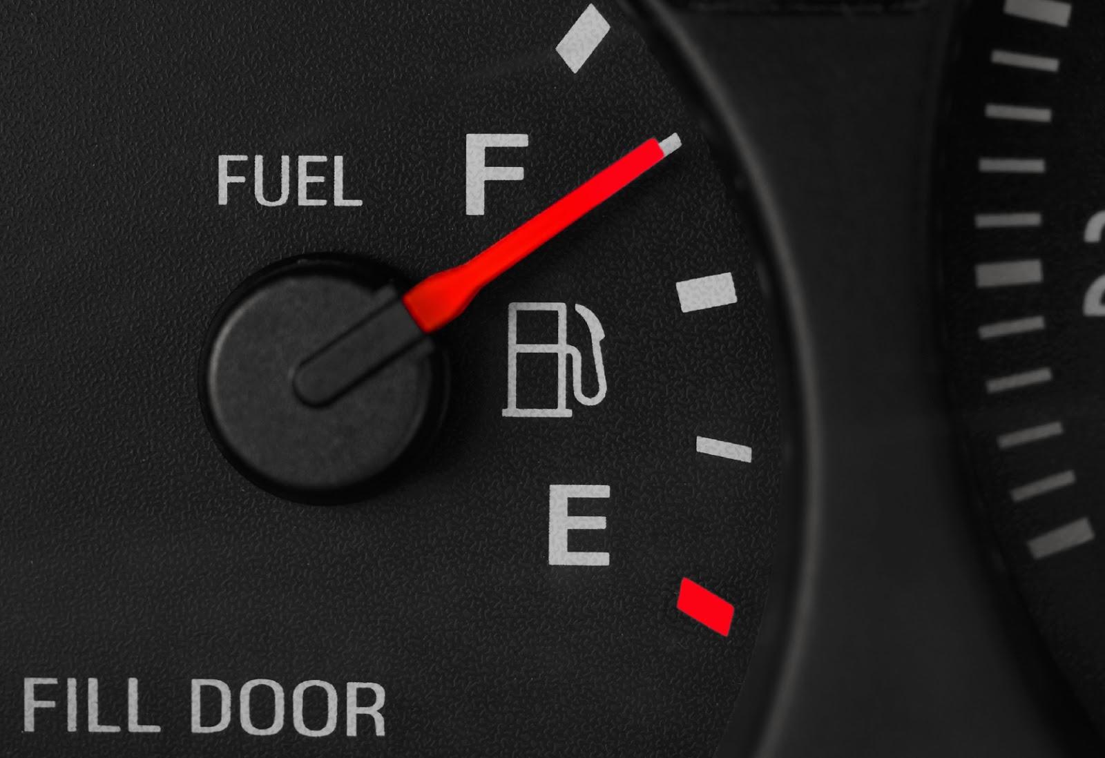 kevesebb benzinnel vezetési tipp