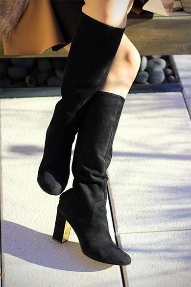 Anne Klein black suede boots