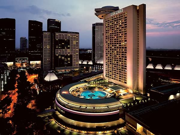 Royal Plaza On Scotts Hotel Singapore