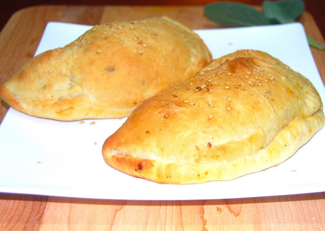 Calzones stuffed with a spicy Indian filling. A vegan recipe.
