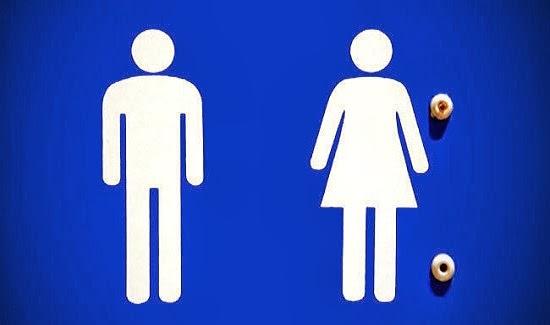 4 Kebiasan Buruk Dalam Toilet Yang Harus Dihindari