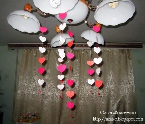 подвеска на люстру из сердечек, сердечный декор