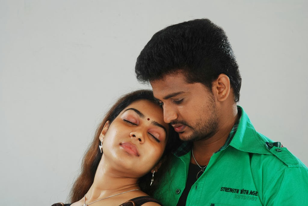 Nangi Movie Stills Photos Gallery