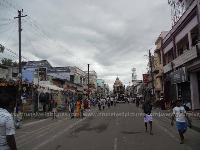 Tirunelveli Car Festival 2013 @ South Car Street - www.tirunelvelipictures.com