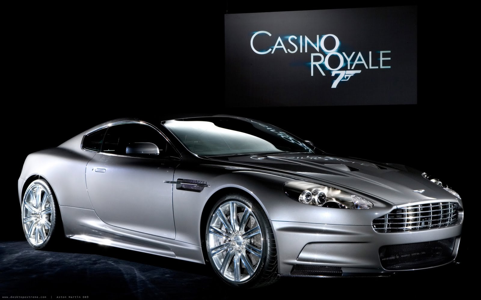 http://4.bp.blogspot.com/-iYqXrYNJtQc/TeQTBWSMx8I/AAAAAAAABE8/1lXaGM3Dw3g/s1600/Aston_Martin_DBS_Widescreen_Casino_Royale_926200650659PM23.jpg