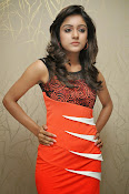 Vithika sheru latest Glamorous Photos Gallery-thumbnail-2
