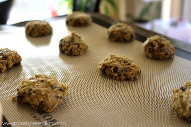 Avocado Chocolate Chip Oatmeal Cookies process.