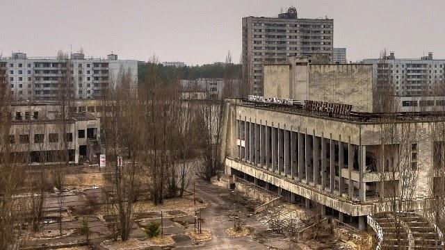 Pripyat, Ucrania (abandonada, 1986).