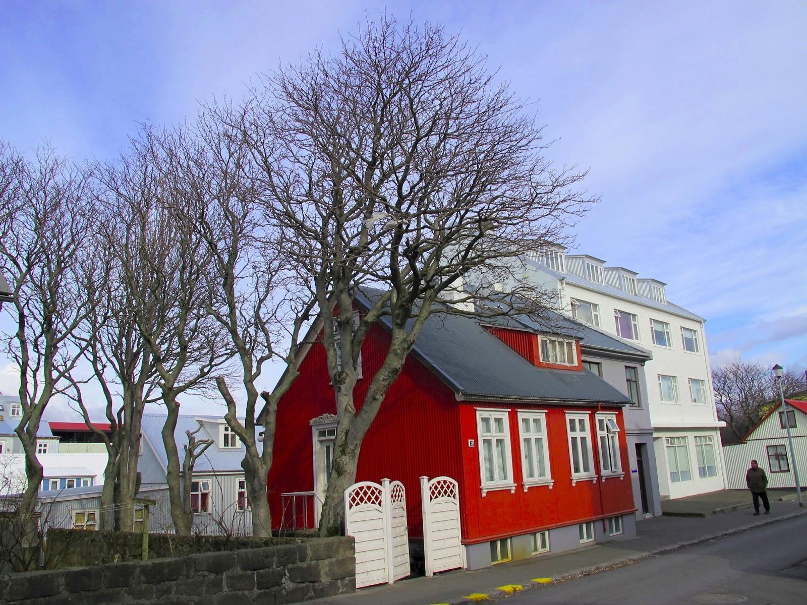 Luces del norte islandia 2013 las casas de colores de reykjavik islandia - Casas en islandia ...