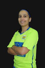 9 - India Pereira