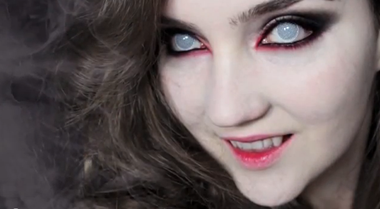 Maquillaje halloween mujer vampiro trucos de mujer - Como maquillarse de zombie ...