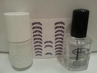 white-leopard-print-nail-art