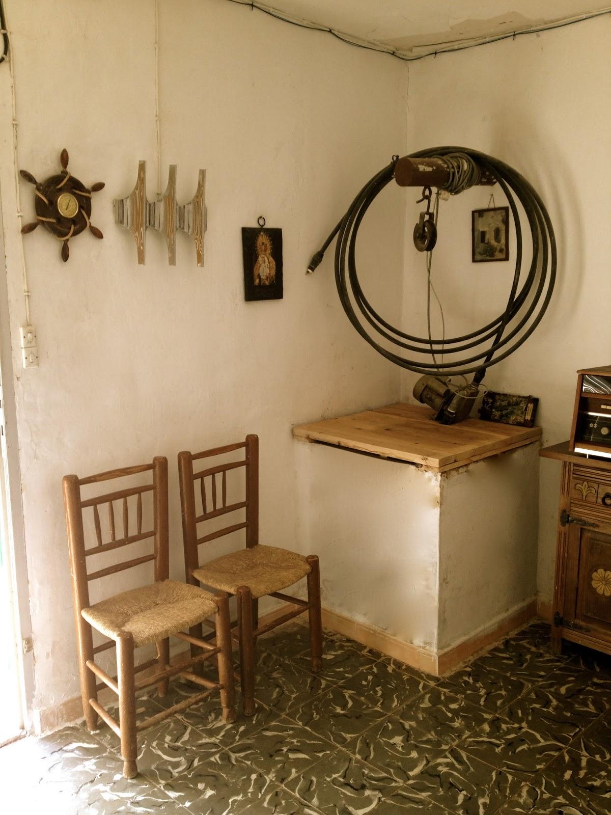 El placer del hacer refrescando muebles viejos y antiguos - Cosas antiguas para decorar ...