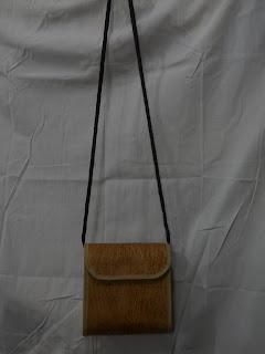 Tas Kulit Kayu Lantung Kotak Tutup , tas etnik, tas  lokal, tas bahan alam