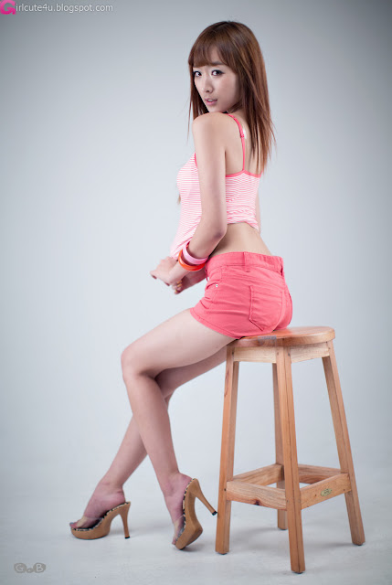4 Minah - Hot in Hot Pink-very cute asian girl-girlcute4u.blogspot.com