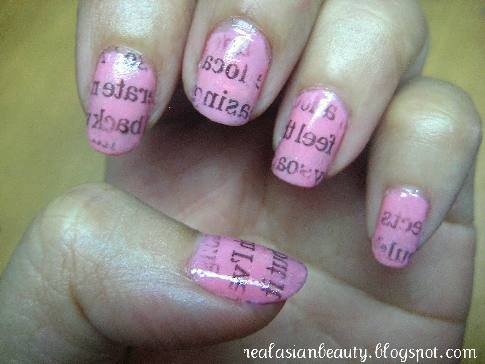 Real Asian Beauty: Newspaper Nail Art