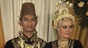 Foto Tria Changcuters Menikahi Gadis Temanggung