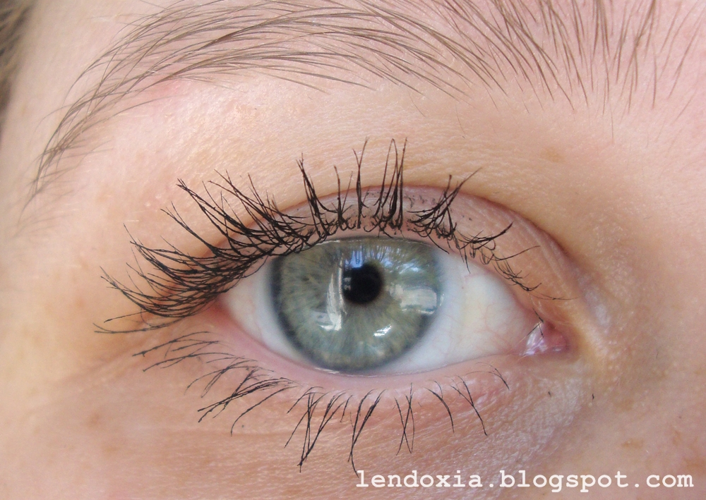 Essence Get big lashes volume boost jedan sloj