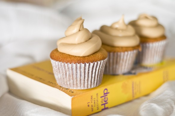 Cupcakes Take The Cake: The Help: Caramel Cake