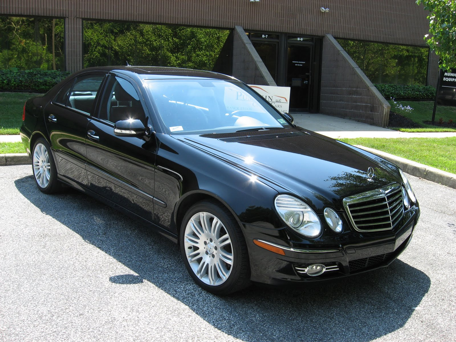 pumpkin fine cars and exotics 2007 mercedes benz e350 4matic. Black Bedroom Furniture Sets. Home Design Ideas