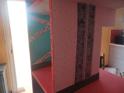 idee decoration interieur maison de poupee, DIY dollhouse peinture maison