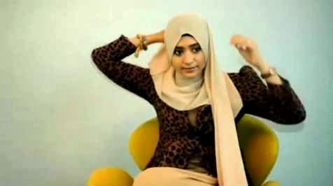 #4 Video Tutorial Jilbab Segi empat Untuk Ke Kantor Simple