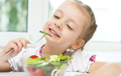 iasakan konsumsi masakan sehat semenjak dini punya efek terhadap kesehatan jangka panjang 7 Nutrisi Penting Untuk Pertumbuhan Anak