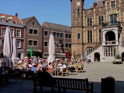 vind escorte kleine borsten in Venlo