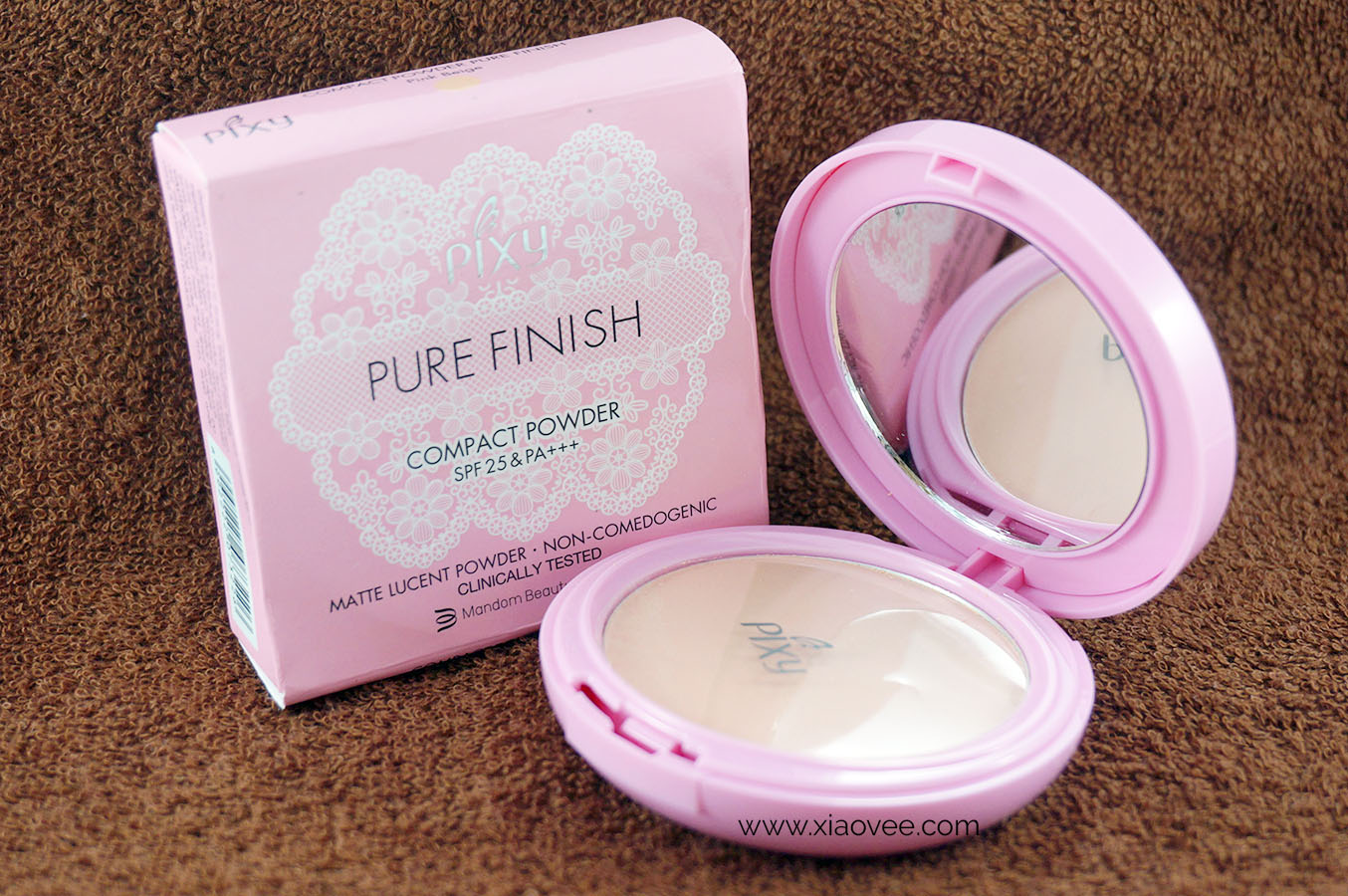 Review PIXY Pure Finish Compact Powder, Cerah 12 Jam