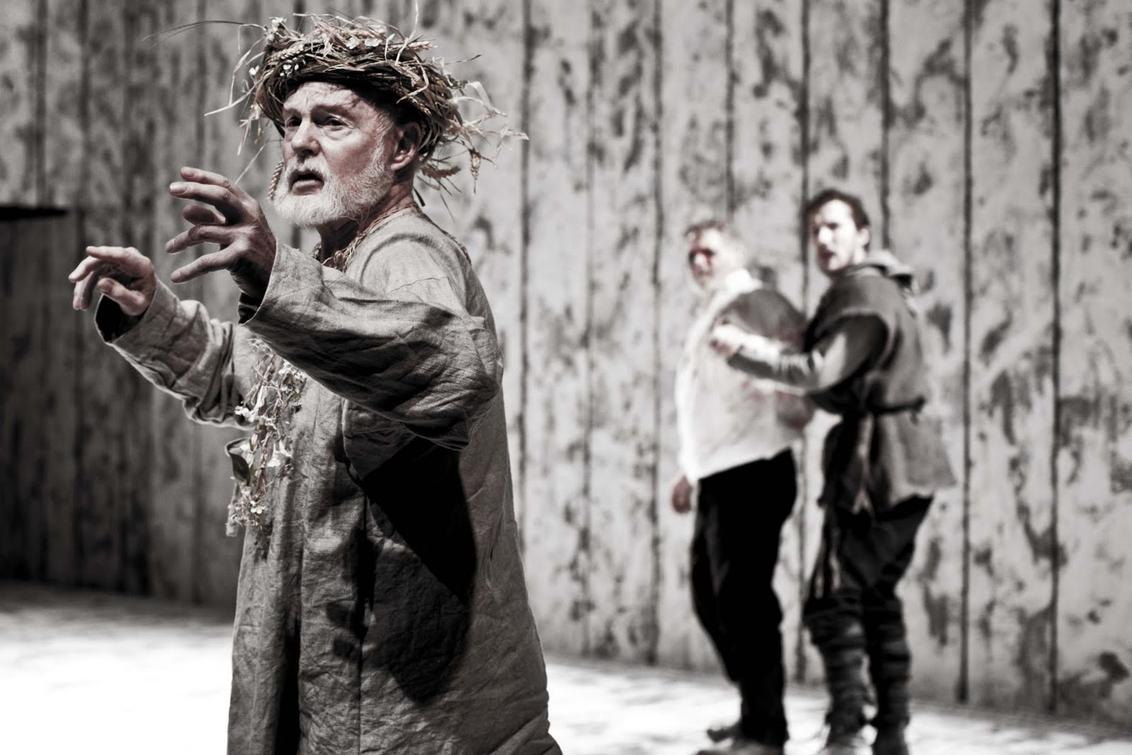 injustice in king lear Many themes are evident in king lear, but perhaps one of the most prevalent relates to the theme of justice shakespeare has developed a tragedy that allows us to see.