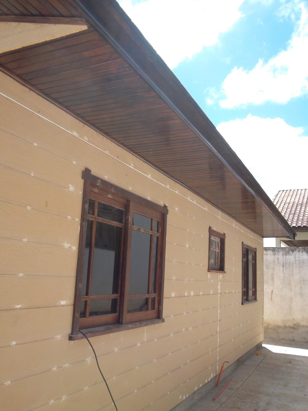 #0494C7 fundos da casa. alem da pintura faltam as ceramicas. 1200x1600 px sonhar banheiro grande