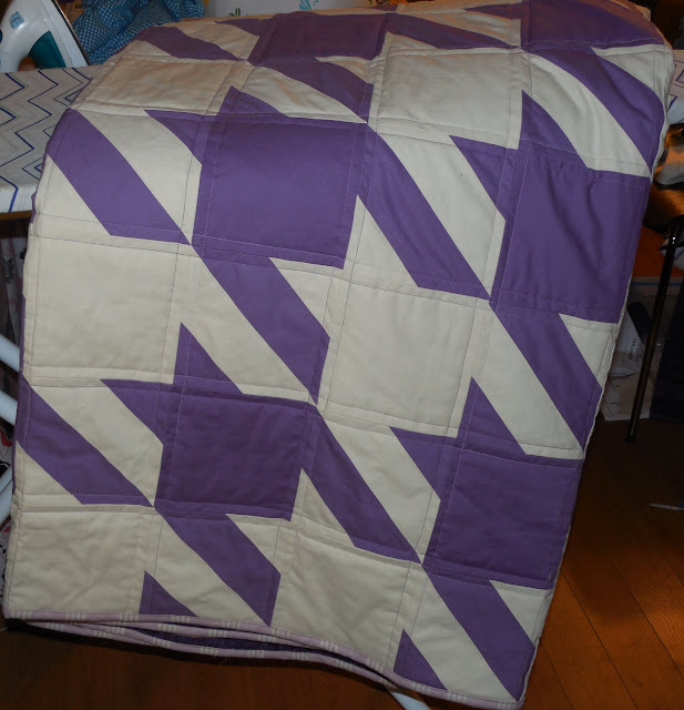 finished houndstooth quilt