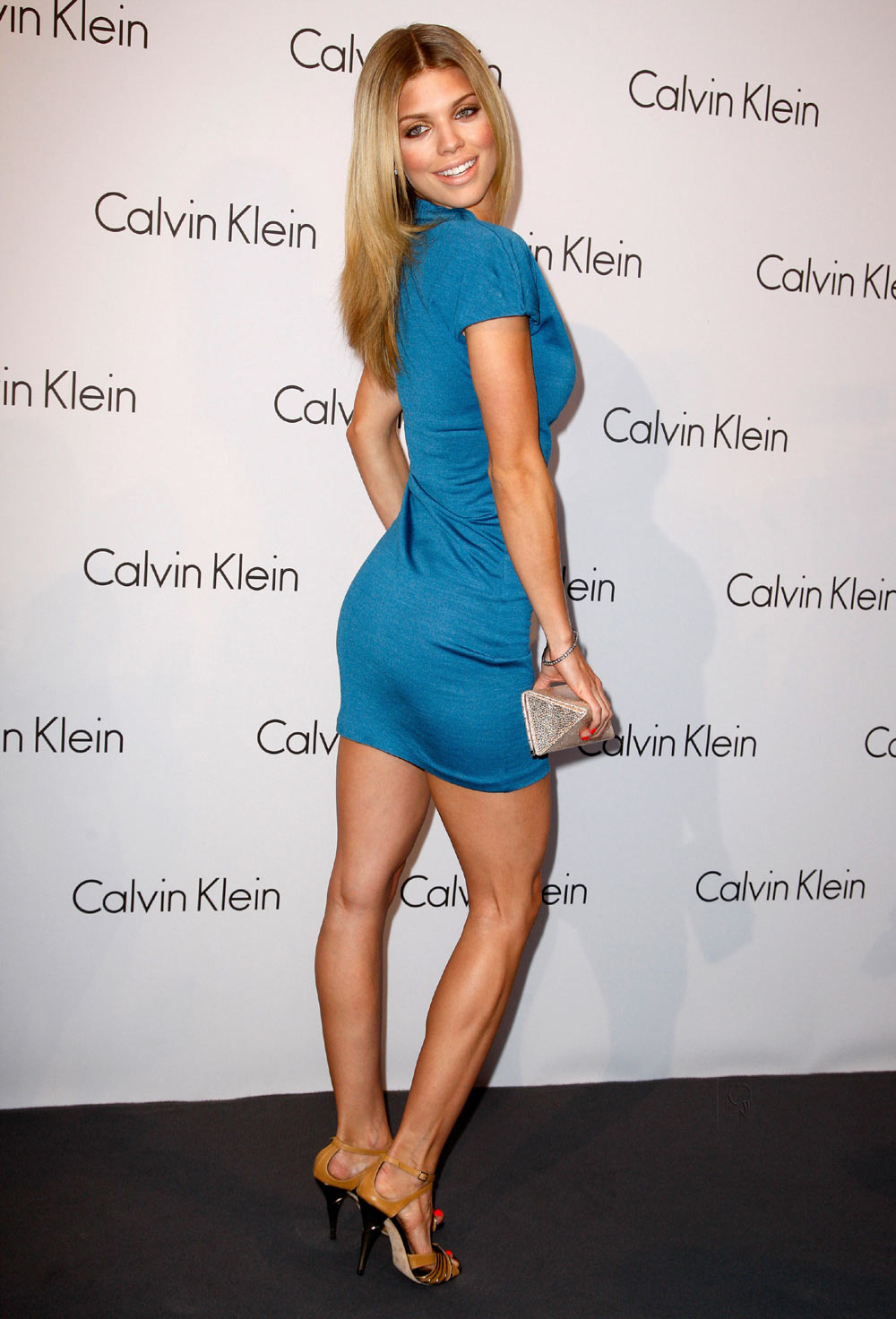 The K-Line: You Might Not Want To Follow Annalynne McCord ... Claire Danes Salary
