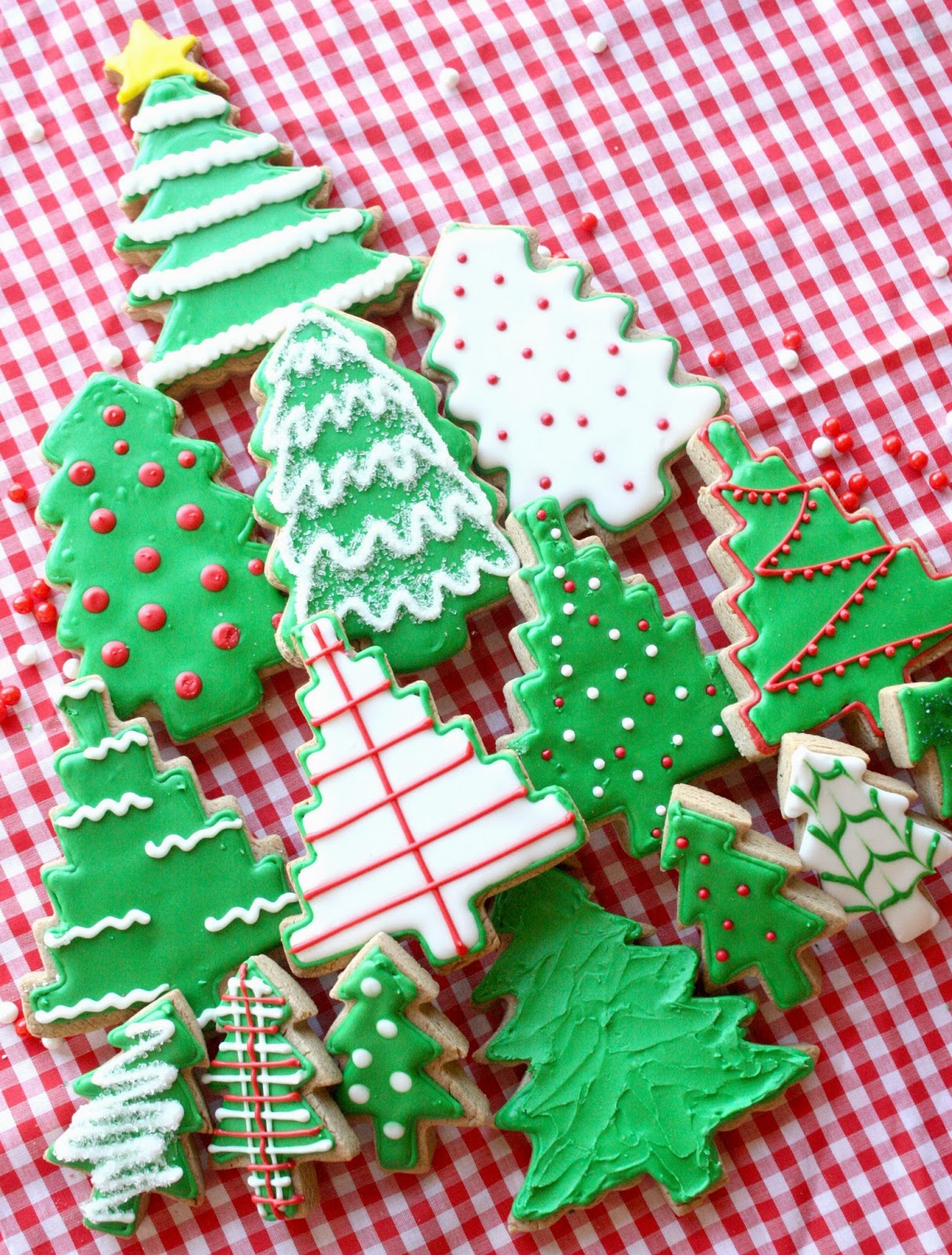 For this project I used my favorite gingerbread cookie recipe, found ...