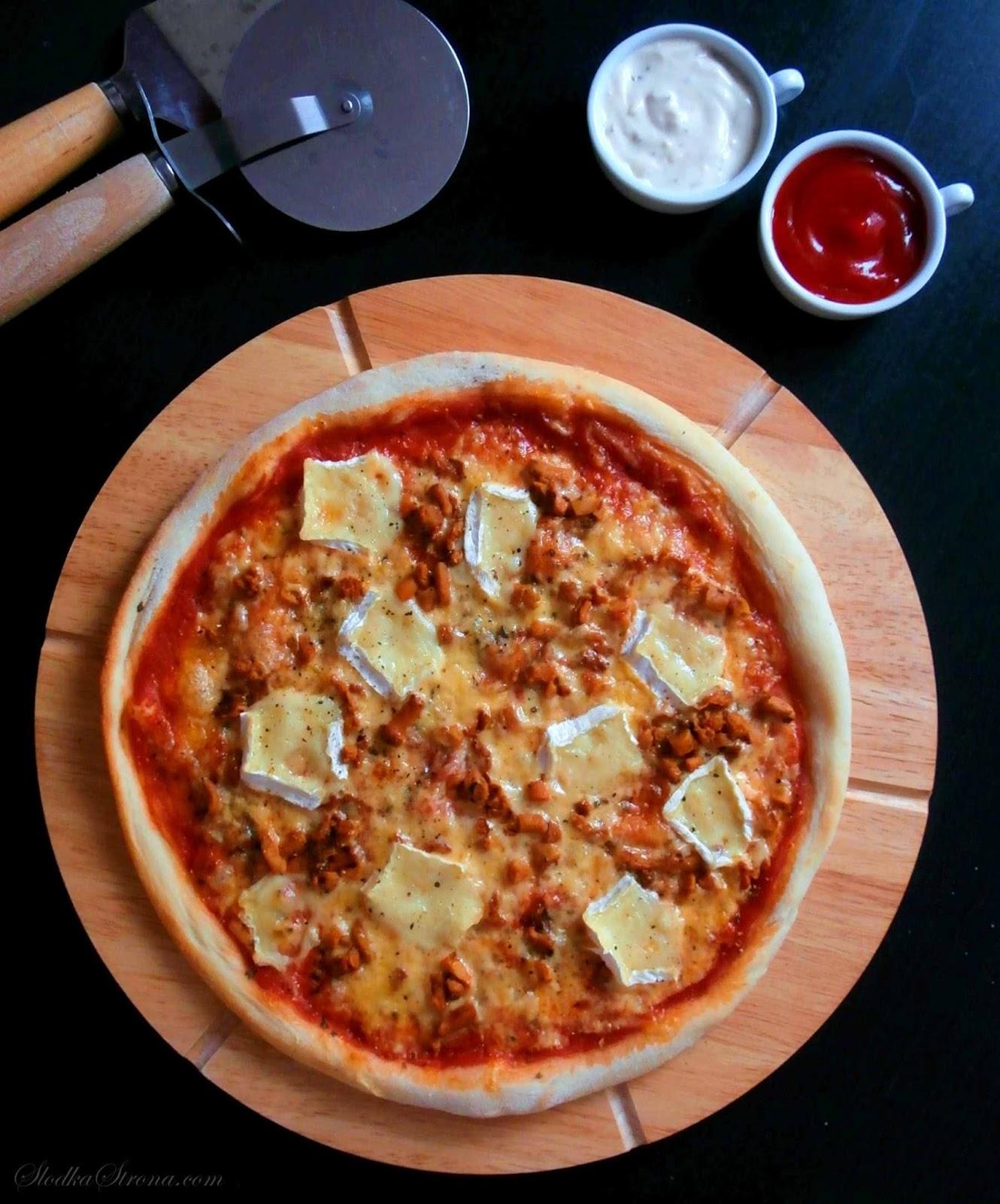 Domowa Pizza z Kurkami i Serem Brie - Przepis - Słodka Strona