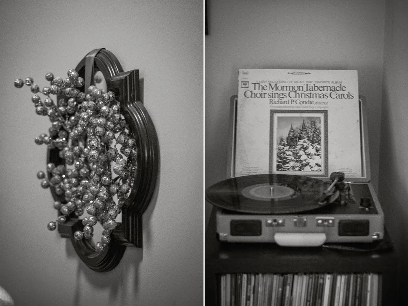 apartment Christmas decorations record player