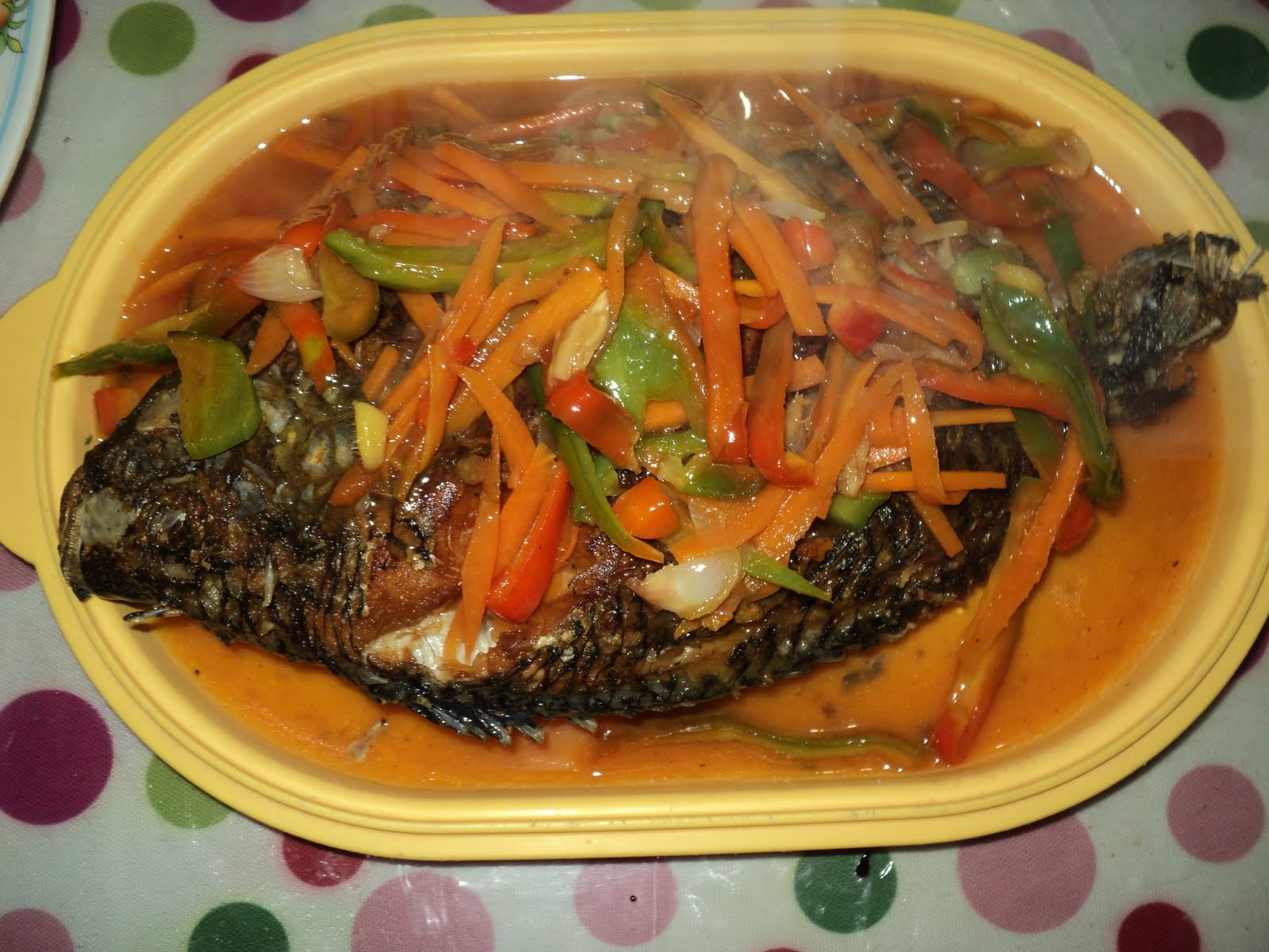 Food trippings recipes escabeche sweet and sour fish for Fish escabeche recipe