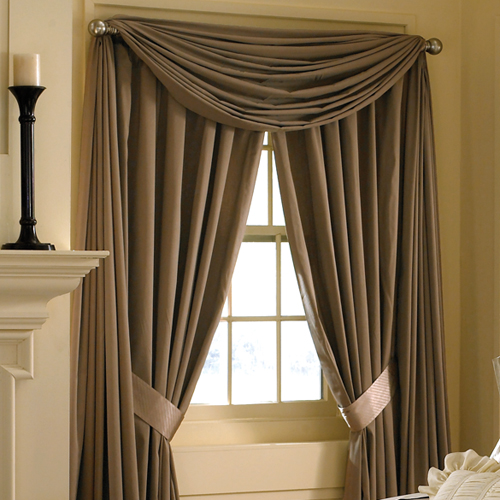 Curtains and draperies in home interior design house for Home drapes and curtains