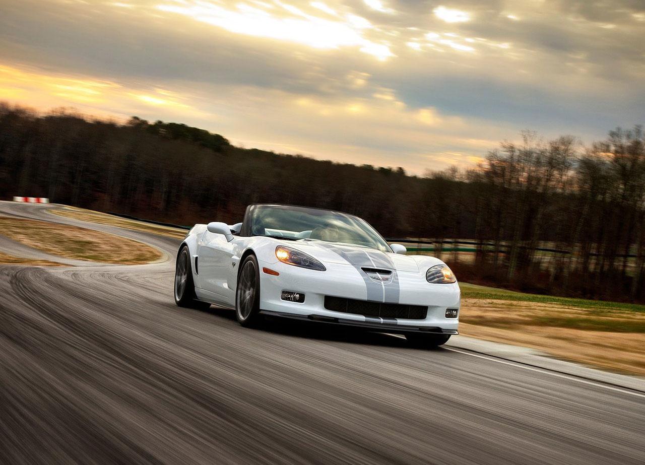 http://4.bp.blogspot.com/-icZc6S1J7oM/UK9ojcVPOdI/AAAAAAAACSo/KEg1FHElQqk/s1600/Chevrolet+Corvette+427+Convertible+2.jpg