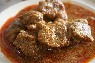 Sejarah Makanan/Masakan Rendang Minang