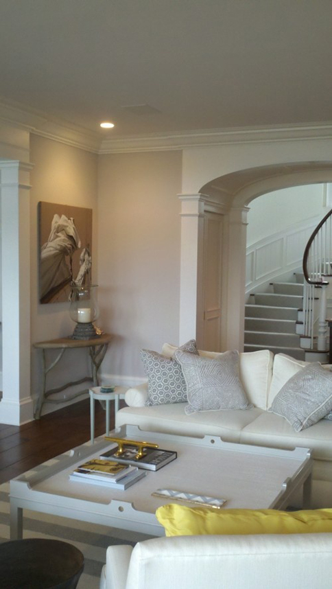 The peak of tr s chic elusive paint color elegant Farrow and ball skimming stone living room
