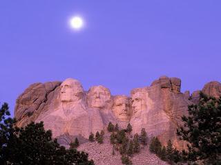 Moon Over Mount Rushmore, South Dakota, USA Desktop Wallpaper