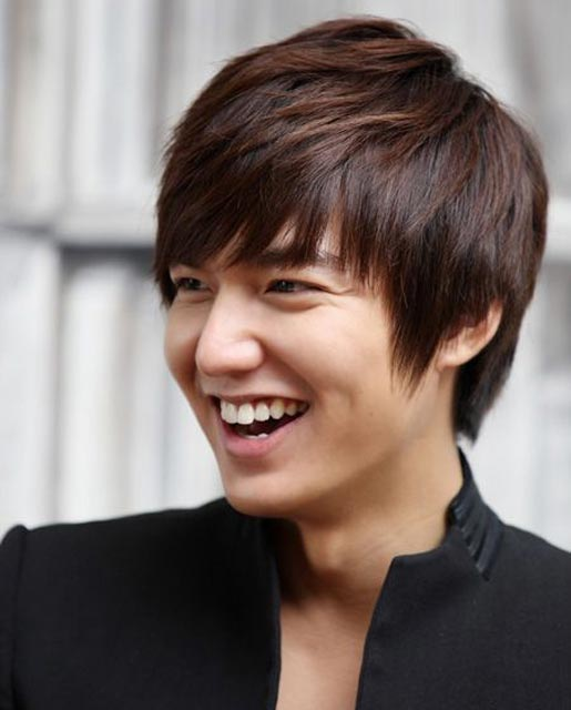 Lee Min Ho inspiring medium hairstyle for men